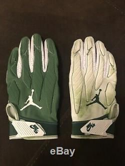 Leveon Bell Game Used Gloves NFL New York Jets Jordan Nike LeVeon