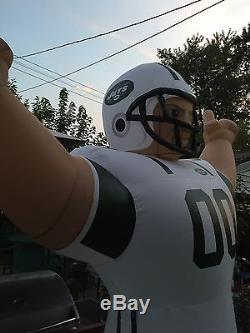 NFL New York Jets Inflatable AirBlown 8' Tall Monster Yard Football Player